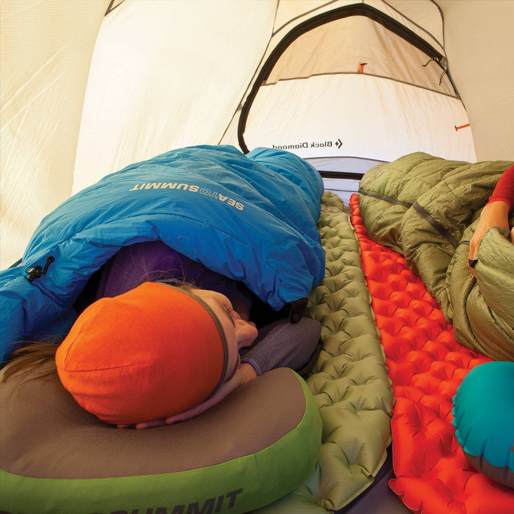 SLEEPING-BAG-2